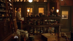 monroe and renard in the shop
